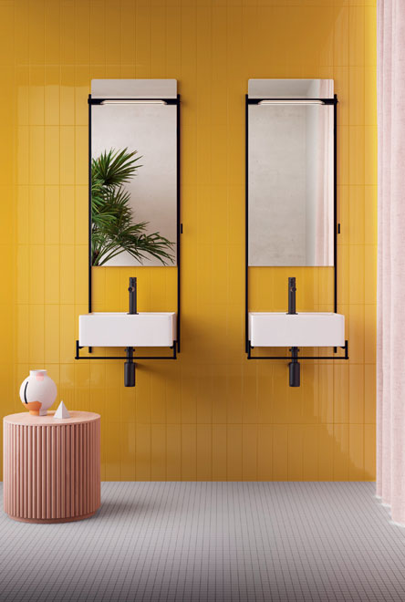 Banyoda canlı renkler