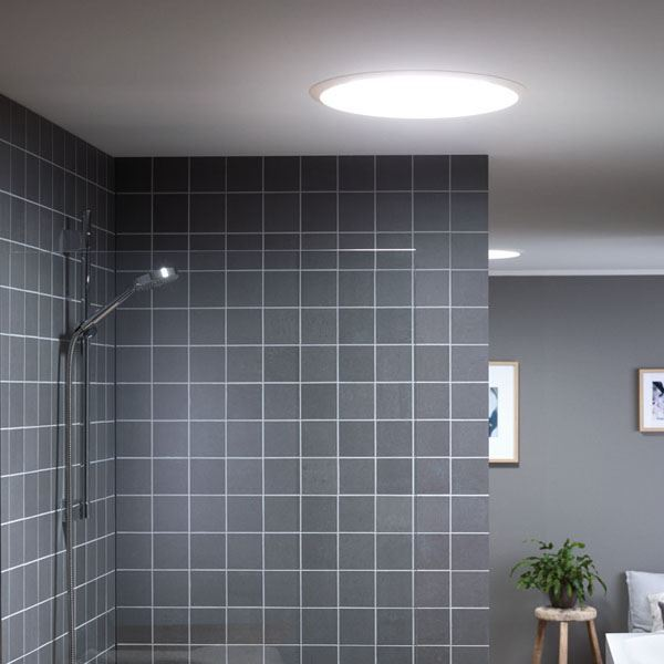 Banyo aydınlatması ve seramikler