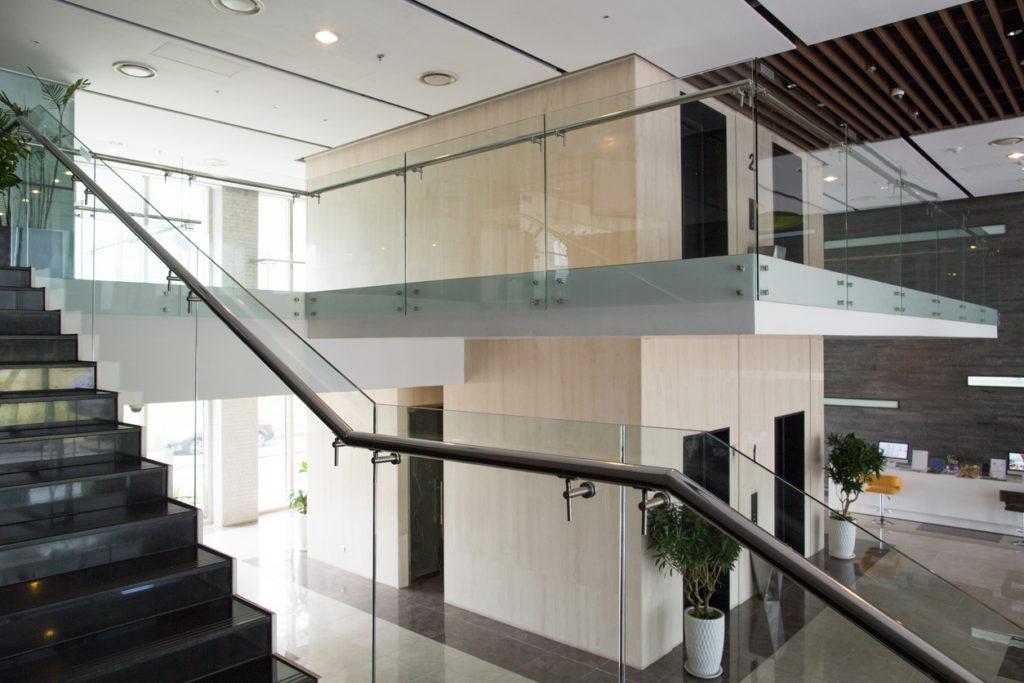 Cam merdivenler
