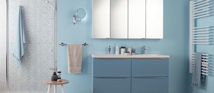 Küçük banyolar için 18 farklı duvar rengi önerisi