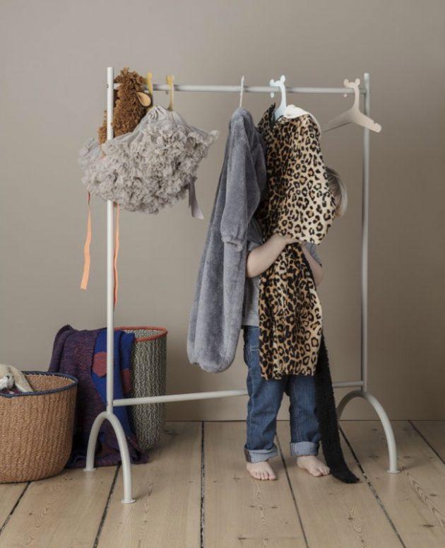 Çocuklar için askılık