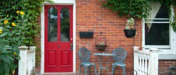 Dış kapı nasıl boyanır? Kapınızı boya ile renklendirin