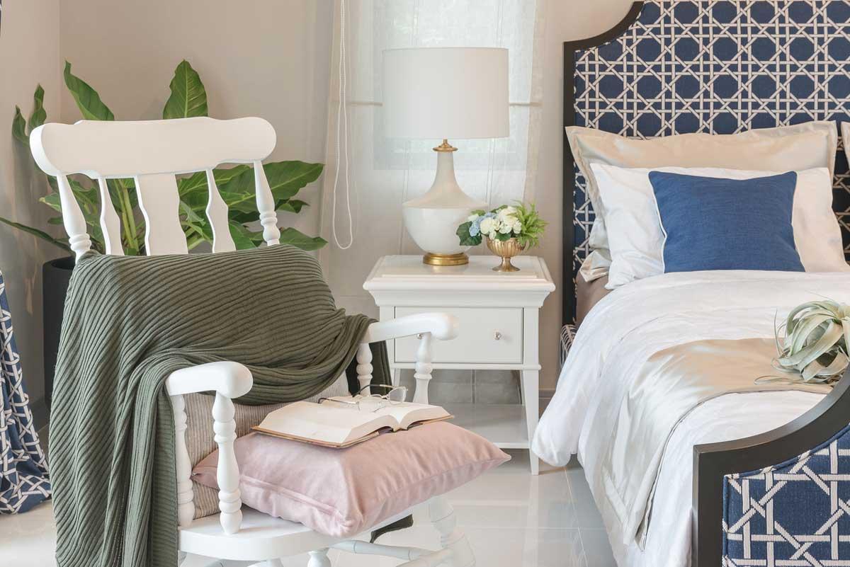 beyaz-yatak-odası-dekorasyonu